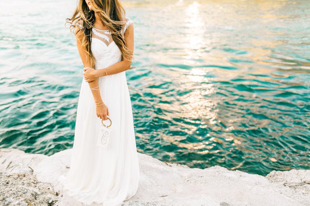modern-beach-wedding