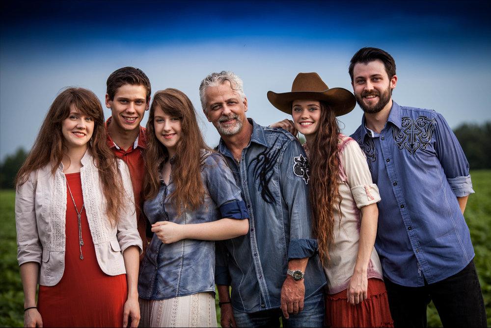 Family 8 .jpg