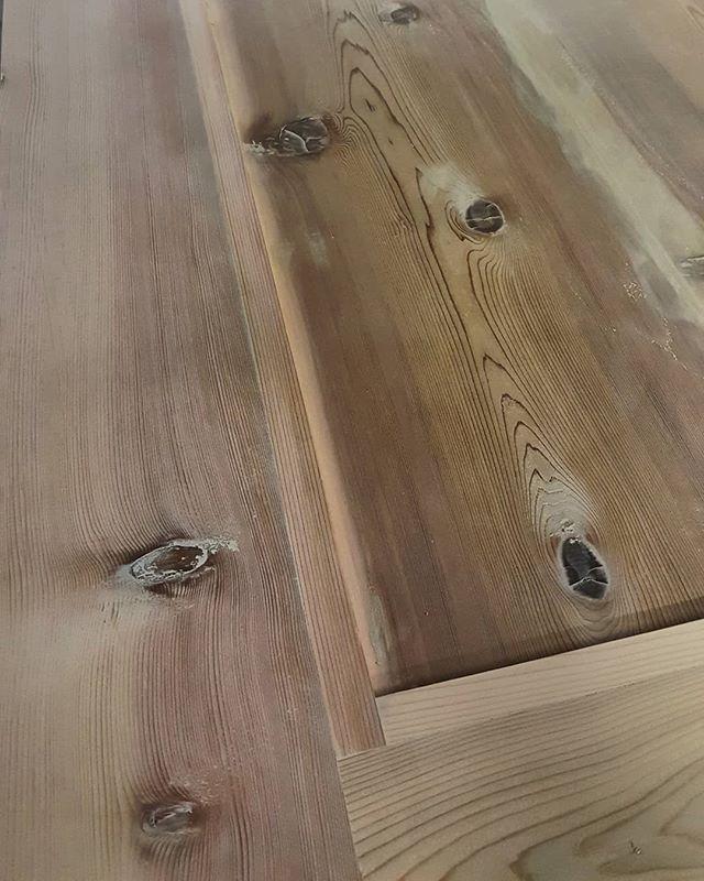 Forever sanding. Then sanding more. #starchaserwoodworks #interiordesign #srq #sarasota #bradenton #tampa #tampabay #stpetersburg #stpetersburgfl #dtsp #florida #woodworking #homedecor #home #reclaimedwood #door #artist #handmade #realestate #rusticdecor #rustic #oldwood #recycledwood #woodart #remodel #homeimprovement #interior123