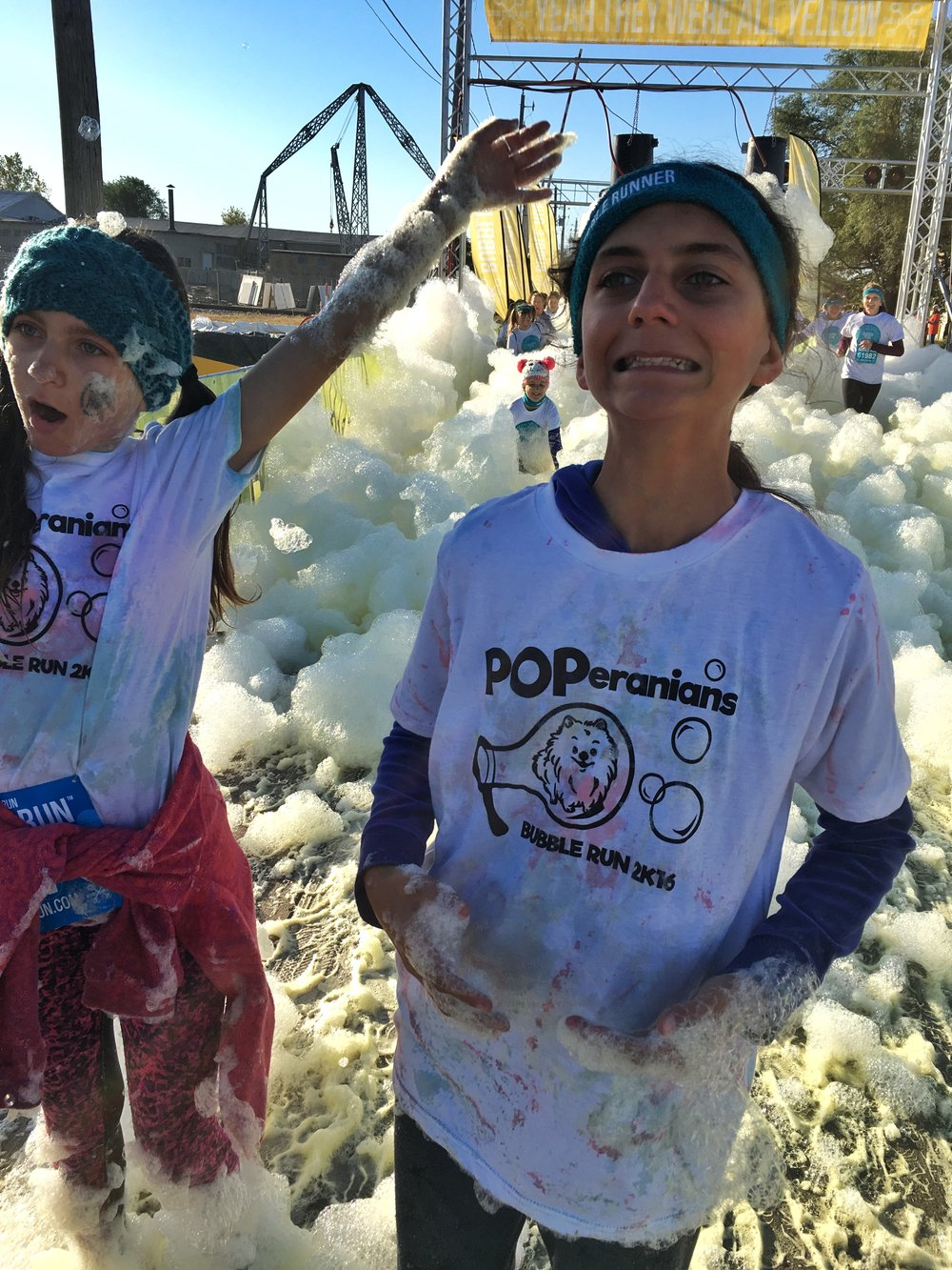 Workshop-poperanians-bubblerun-during-race.JPG