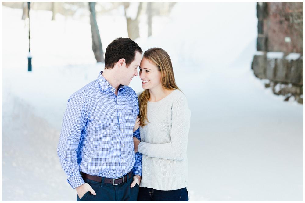 21-Central-Park-Winter-Engagement-Session-Allison-Sullivan.jpg