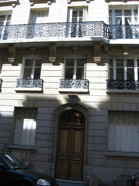 10 Rue la Bruyere, Paris. Franchomme spent his happiest years in this apartment, living here at least until 1850.