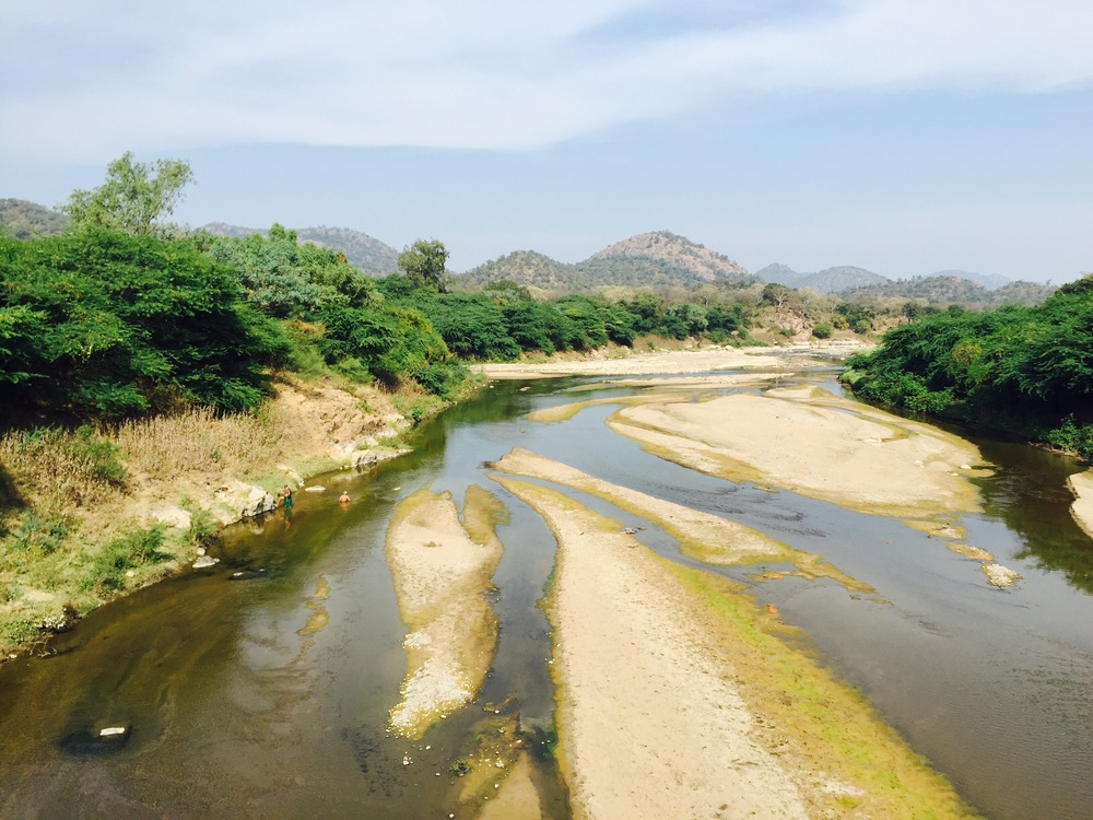 Crossing the border into Tamil Nadu - Kaveri River
