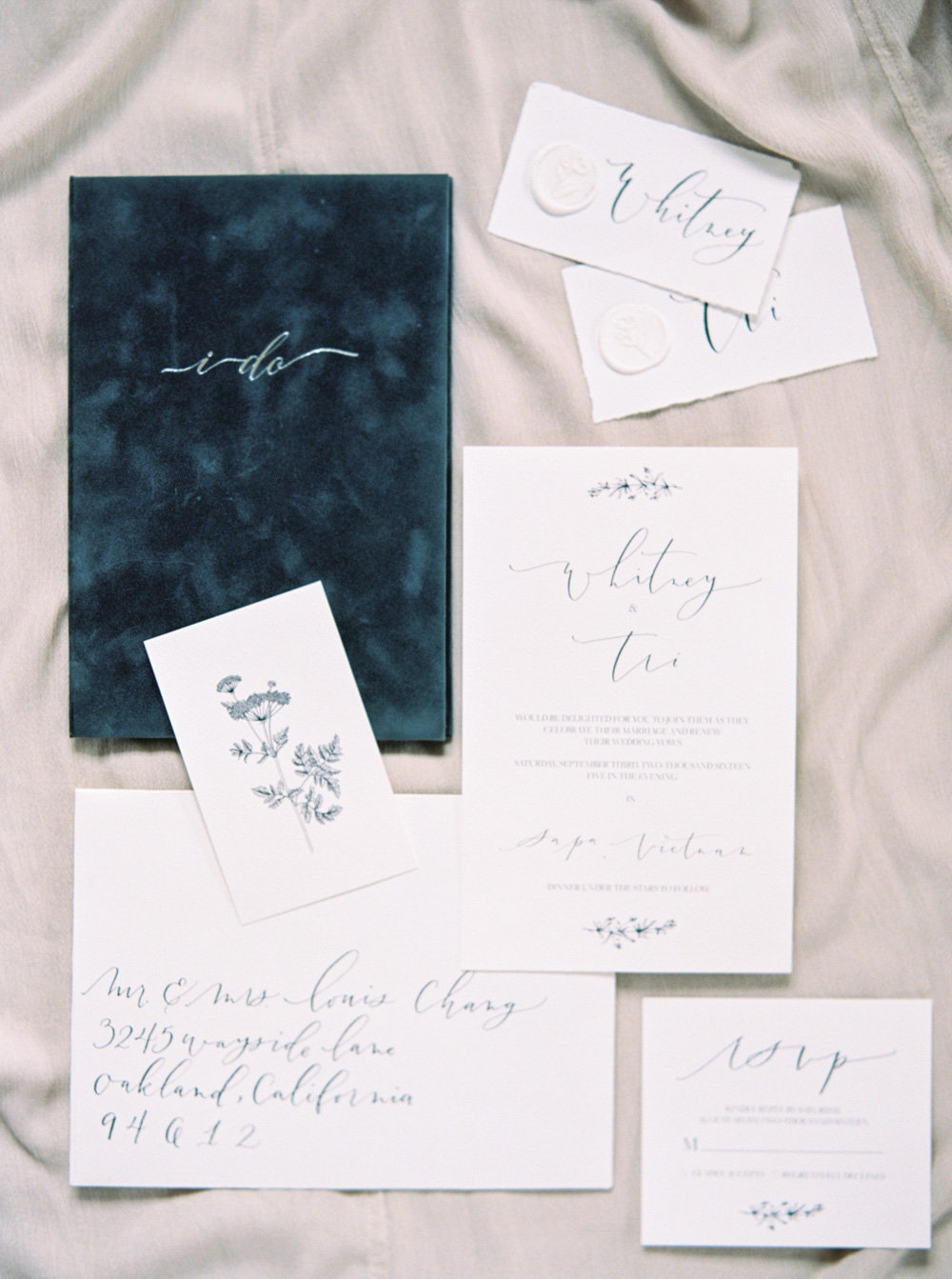 Katie Grant Photography | Wedding Story Writer Vow Book