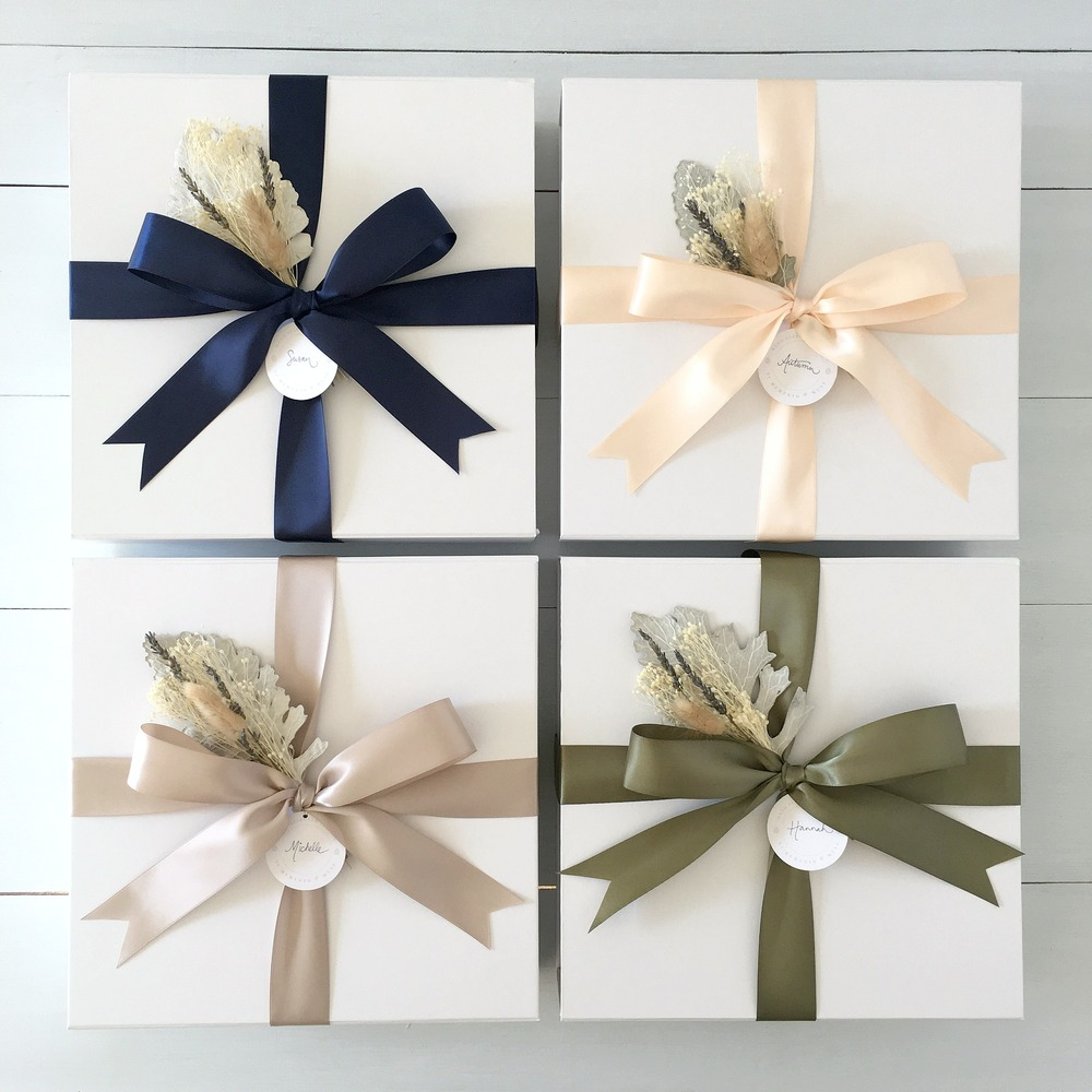 Ribbon Options  (clockwise from top left) : navy, blush, willow, mink