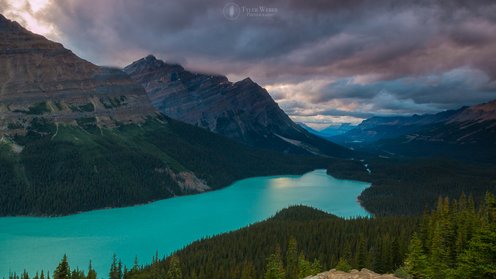 Peyto Lake Alberta, shot with the Canon 70D and the 17-40F4 @ 17mm ISO 100 for 4 seconds.
