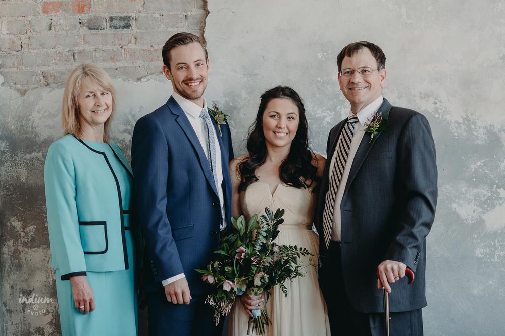 Kansas_City_Bauer_Wedding_16.jpg