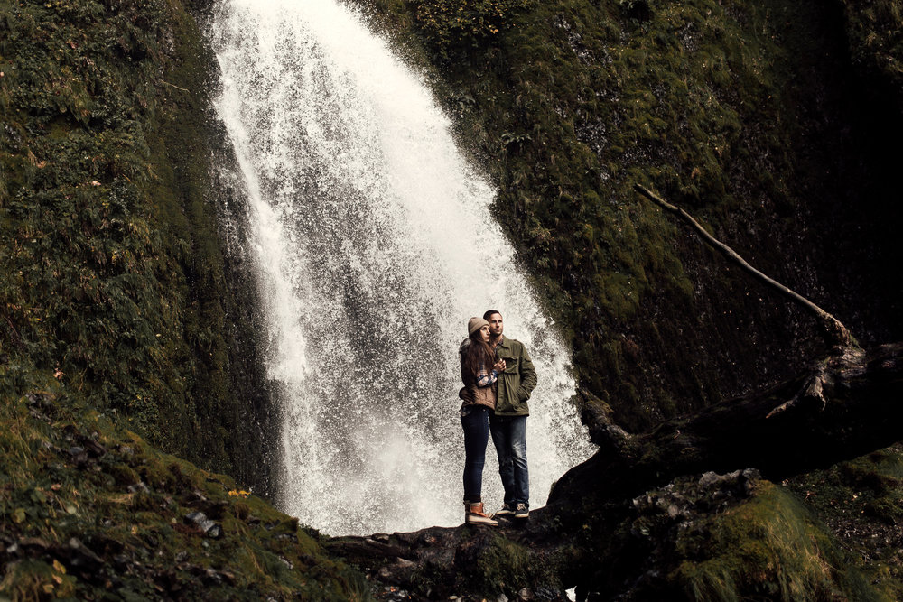 Indium_Elopement_Photographer_Oregon.jpg