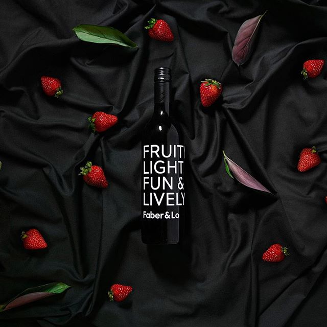Wine me and dine me. Design and retouch by @faberandlo . . . #productphotography #winenight #winelover #packaging #packagingdesign #identity #graphicdesign #graphicdesigner #branding #strawberries #cleaneating #black #flatlay