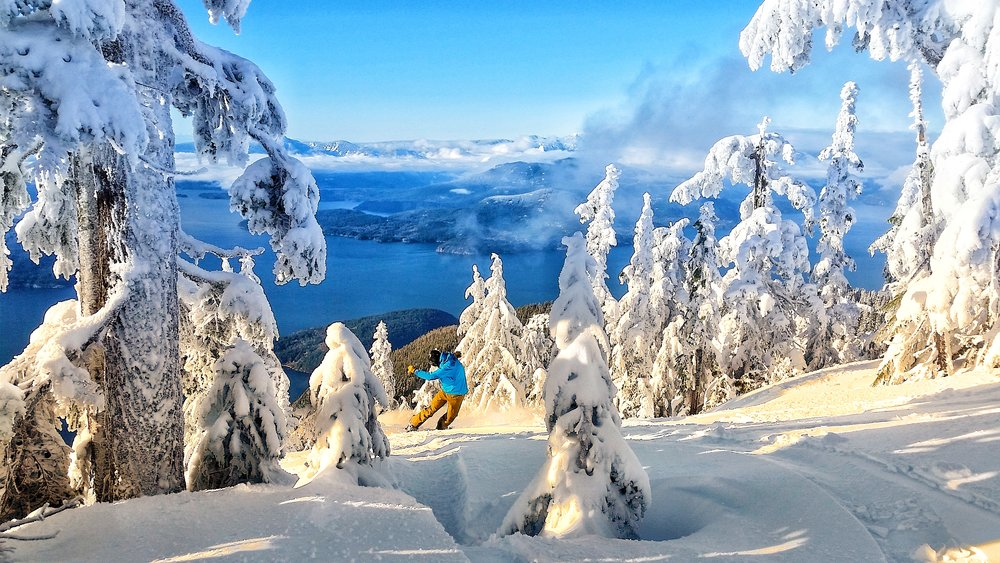 Ski and snowboard tours in Vancouver