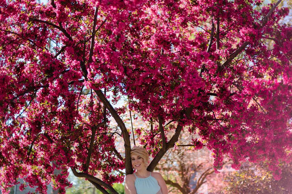 Zilla Photography - Spring Florals Neighborhood Adventure SM-37.jpg