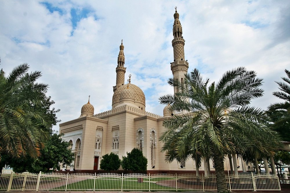 Jumeirah Mosque –  Photo  by  Phareannah ,  CC BY-NC 2.0