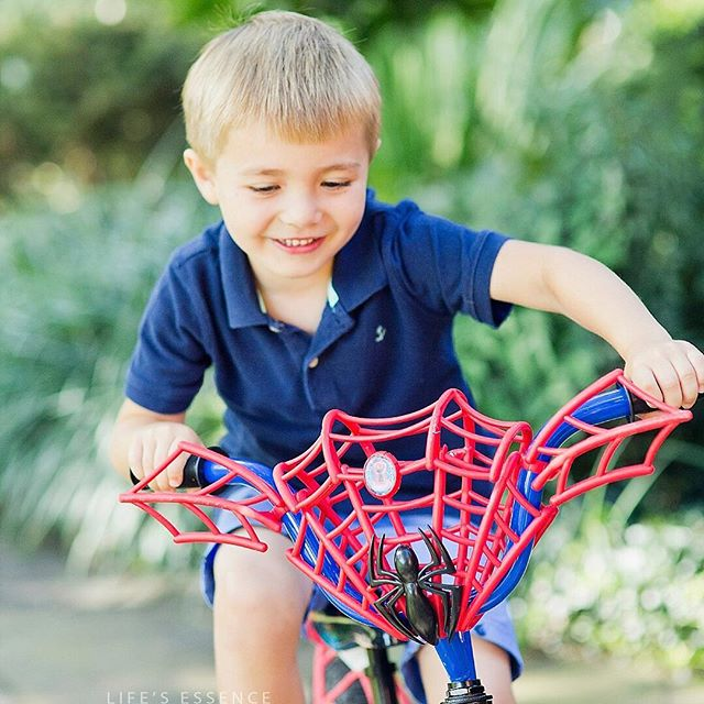 missing summer! and spidybikes! ⠀⠀⠀⠀⠀⠀⠀⠀⠀ #spiderman #kidpics #happykids #portraiture #familypicture  #virginiaphotographer #marylandphotographer #dcphotographer #familylove #freedomofchildhood #familiesareforever #portraitpage #kidsbeingkids #portraitphotography #postmoreportraits  #igdc #famfirst  #familypictures #washingtondc #familyportraits #adorablephotosubjects #athomesessionscanlooklikeparkland #photographyequalsmemories #dcphotographer #dcchildphotographer #dcfamilyphotographer #marylandkidphotographer #marylandbabyphotographer  #lookslikefilm #lorilovephotography