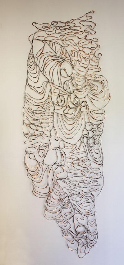 Flow,  2017. Copper and aluminium wire. 202 x 70 cm