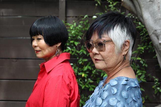 Two of my favorite ladies with fabulous style!  I hope I still got it like this when I'm their age. 💜  Thanks to @devontsuno for the beautiful pic #stylish #rockit #culvercity #salonlife #haircut #haircolor