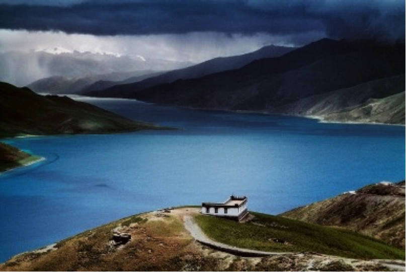 Tibetan Holy Lake, Tibet. Photography by Steve McCurry.