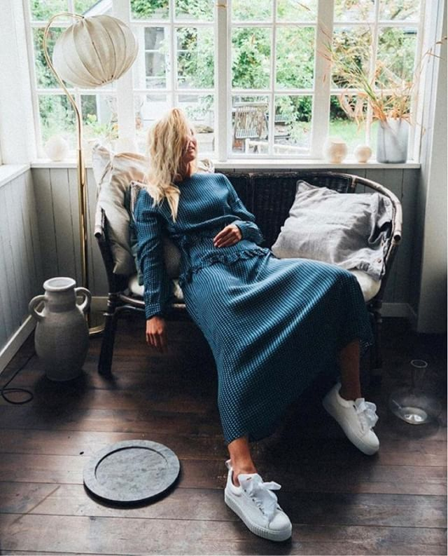 Enjoying the last days of Summer 🌥 💛 @elinlannsjo and our Luna dress in perfect settings for the weekend ✨🧘🏽‍♀️. #AW18 #lovechild1979
