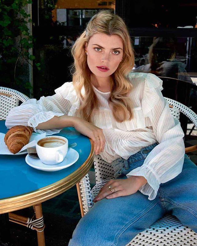 Charles Delicate Jacquard blouse looking très bien in @altfordamerne 💋🥐☕️ #AW18