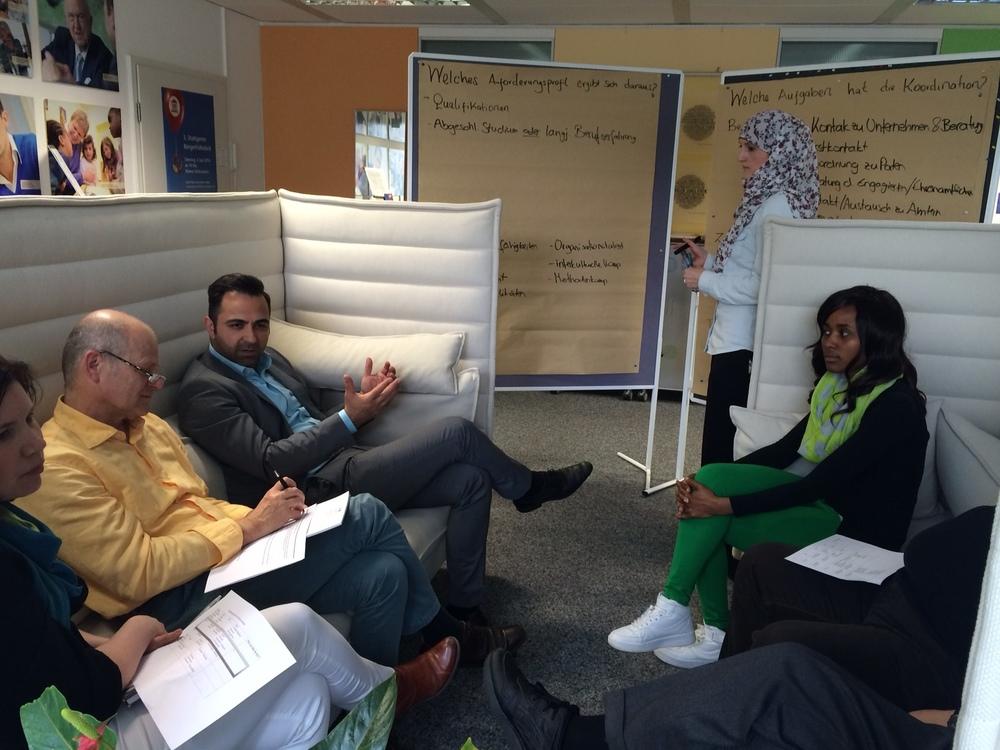 Entwicklungsgruppe des Runden Tisches  Flüchtlinge und Ausbildung   im Projektbüro der Bürgerstiftung Stuttgart