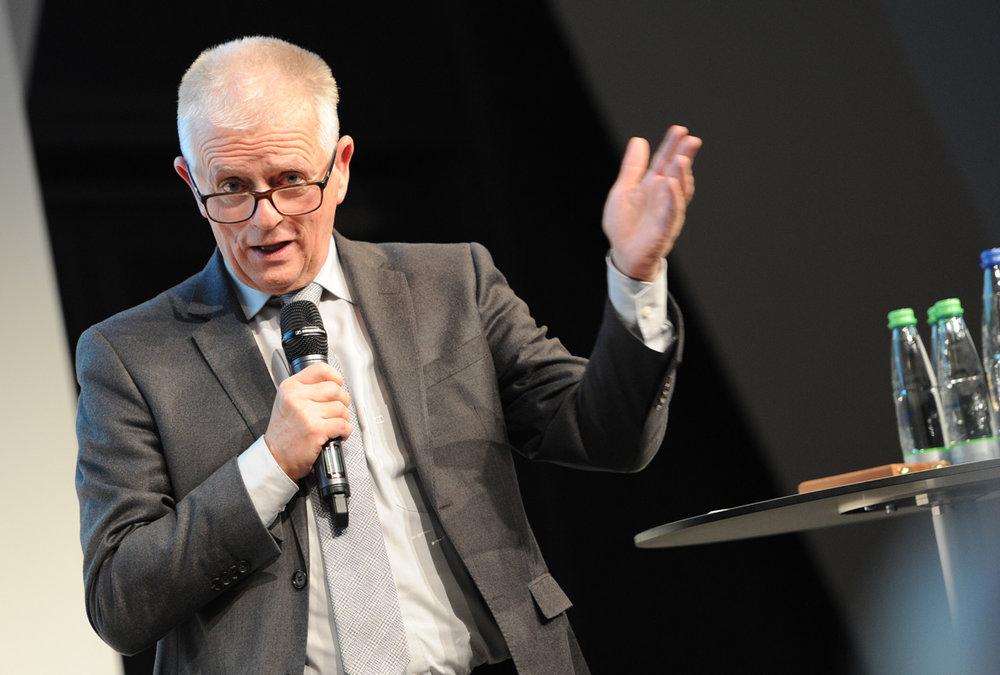 Fritz Kuhn , Schirmherr der Bürgerstiftung Stuttgart und Oberbürgermeister der Landeshauptstadt Stuttgart