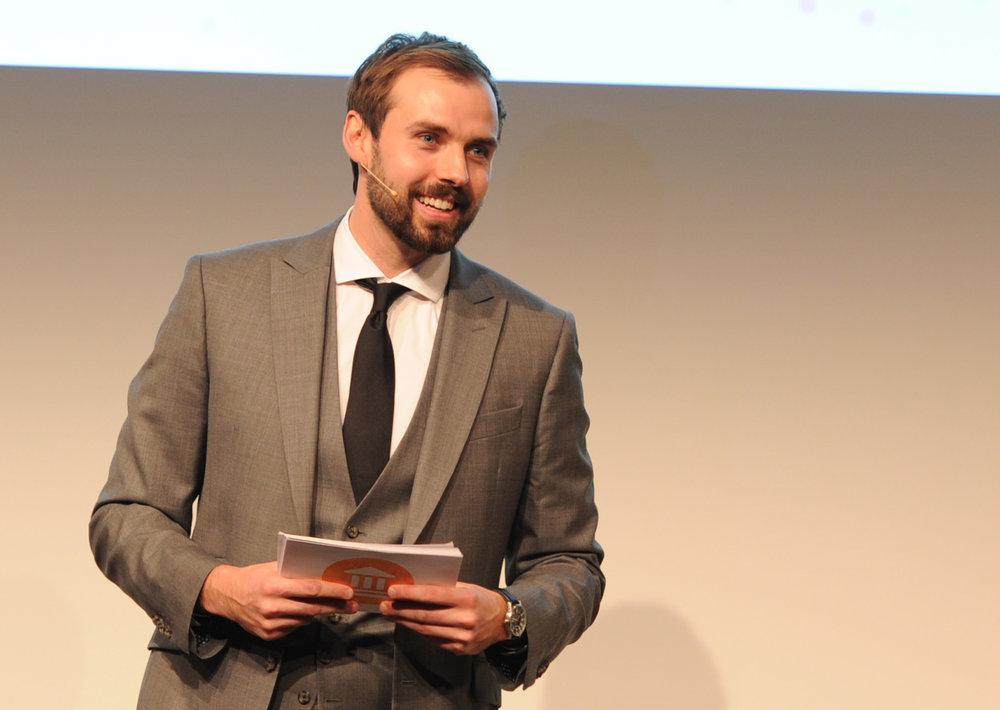 Martin Hoffmann , Moderator
