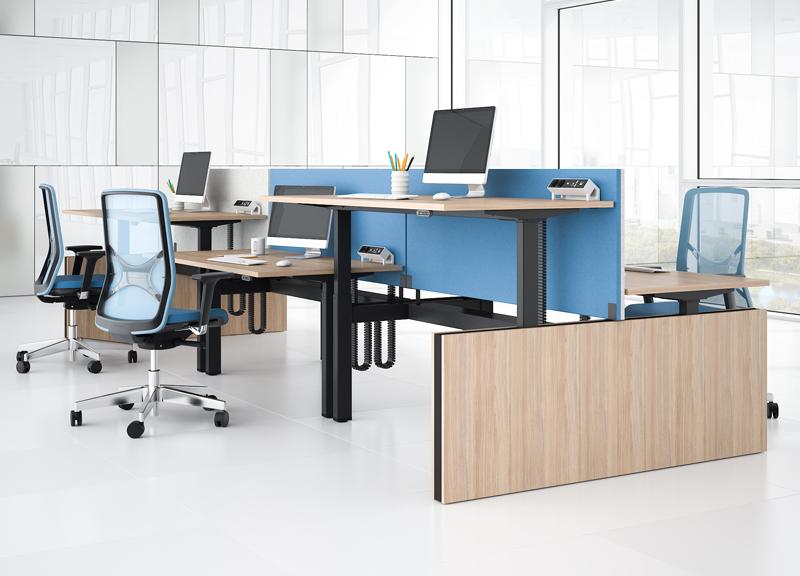 Motion-työpöydät, Modus-akustiikkapanelit ja Wind-työtuolit