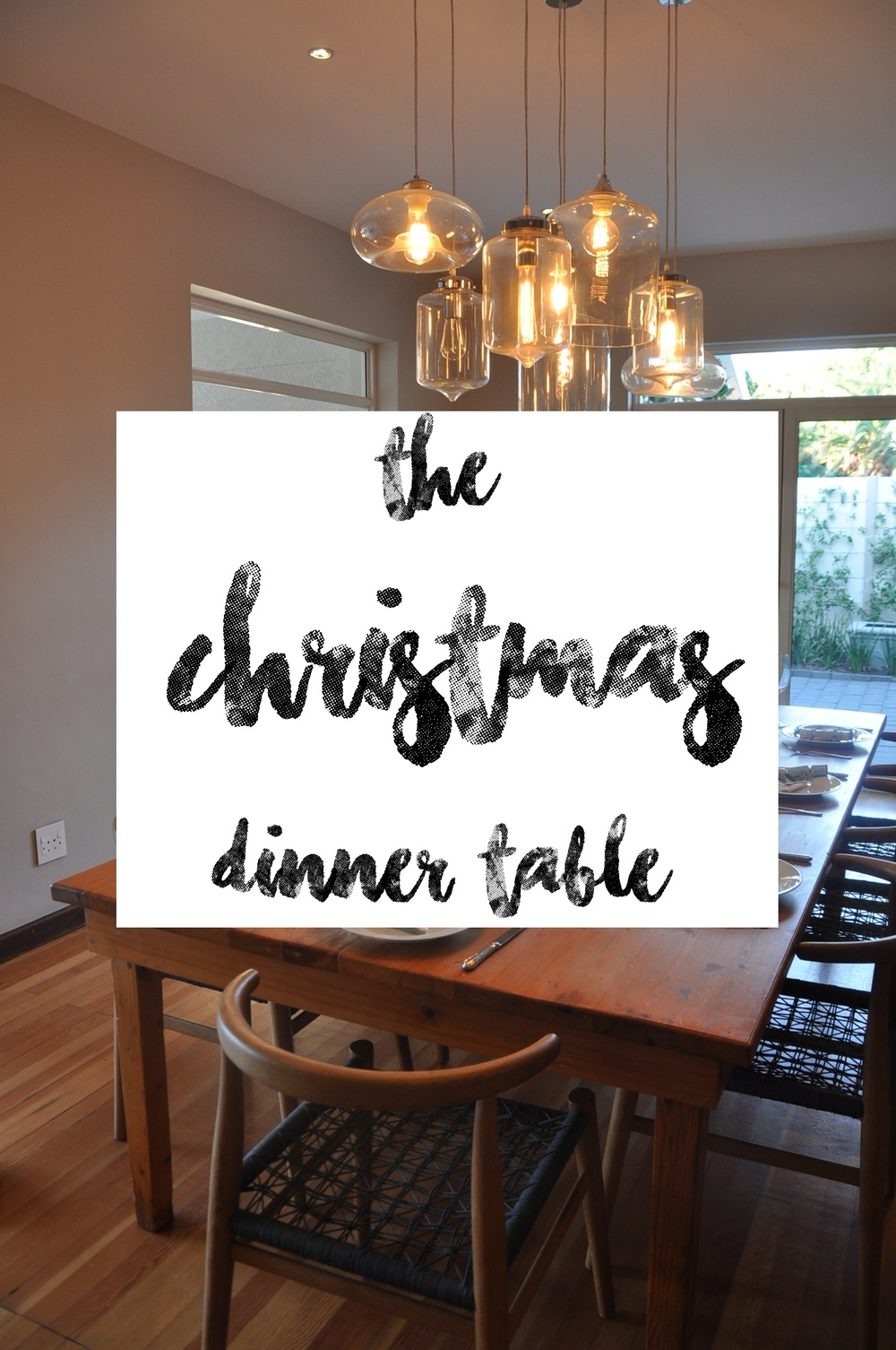 Decorating the Christmas Dinner Table - How to lay a simple, minimalist and festive table setting. A Lovely Space | alovelyspace.com