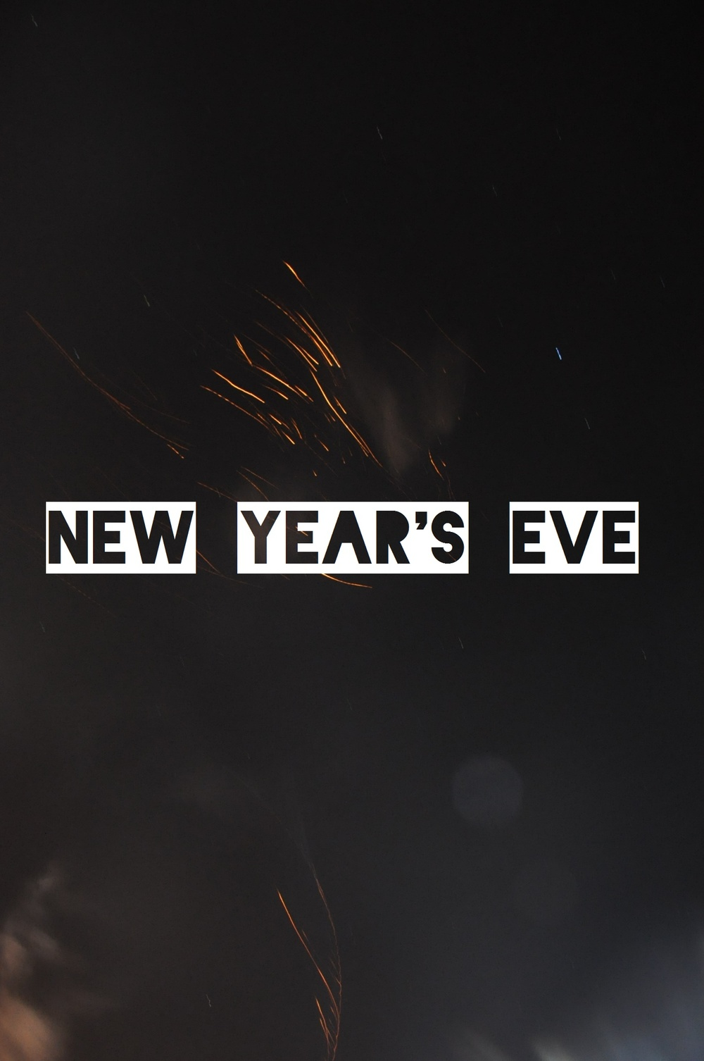 New Year's Eve 2015 – A spontaneous adventure to the beach to watch the fireworks display. A year of feeling alive, ending off with a bang! A Lovely Space | alovelyspace.com