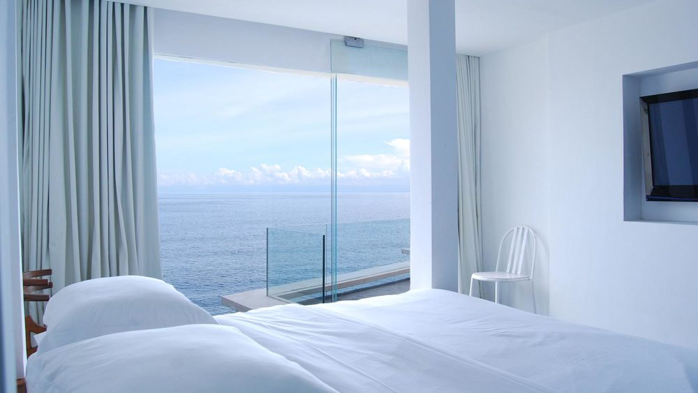MORABITO-ART-CLIFF-Bali-Bingin-beach-view-best-suite.jpg