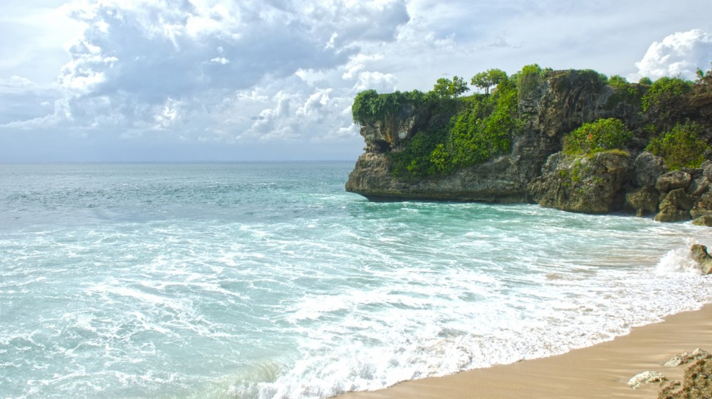best-beaches-in-bali-balangan-1518084756-1000X561.jpg