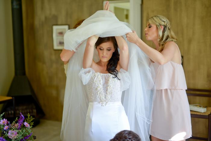 Karin & Tiaan Wedding Preview low res4.jpg