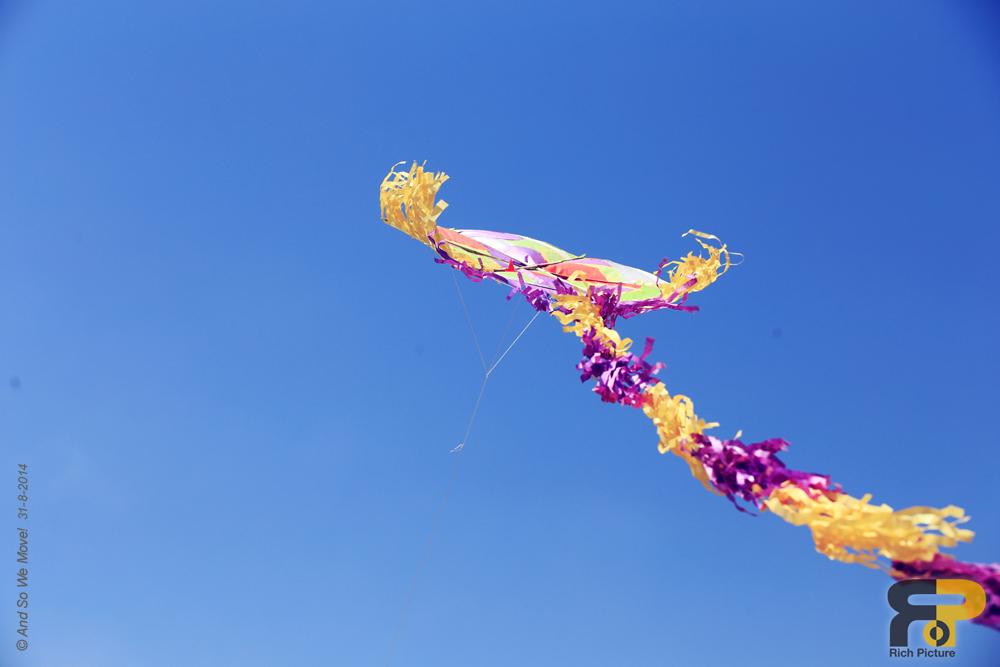 14-kite.flying.jpg