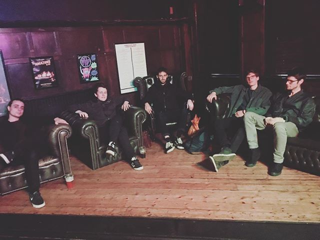 @sky_coloured at the @amershamarms for tonight's gig