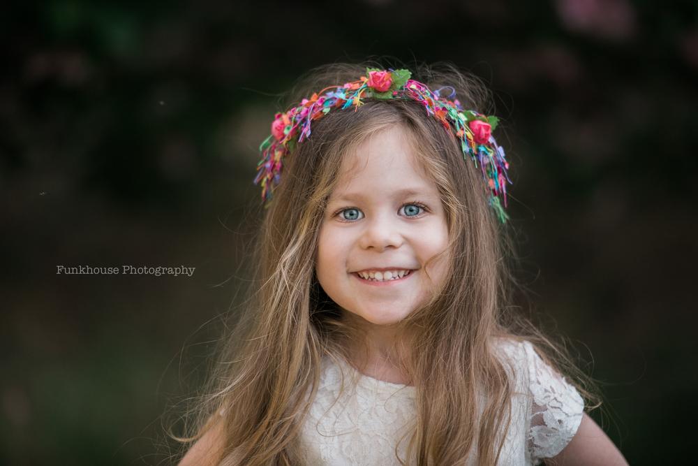 fun-child-portrait-md