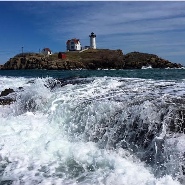 nubble-lighthouse-keeper-cape-neddick-light-york-maine-blog-coastal-new-england-travel-portsmouth-new-hampshire-nh-blog-seacoast-lately.jpg12.jpg
