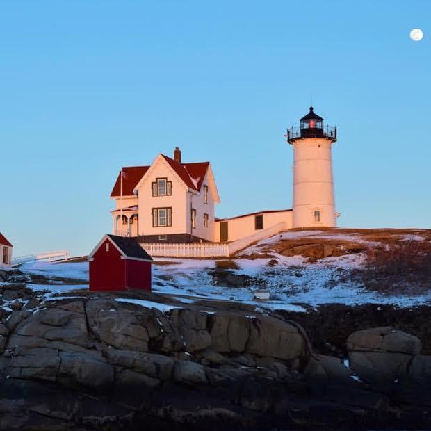 nubble-lighthouse-keeper-cape-neddick-light-york-maine-blog-coastal-new-england-travel-portsmouth-new-hampshire-nh-blog-seacoast-lately.jpg3.jpg