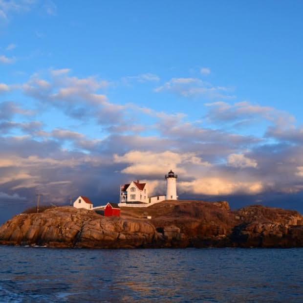nubble-lighthouse-keeper-cape-neddick-light-york-maine-blog-coastal-new-england-travel-portsmouth-new-hampshire-nh-blog-seacoast-lately.jpg20.jpg