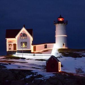 nubble-lighthouse-keeper-cape-neddick-light-york-maine-blog-coastal-new-england-travel-portsmouth-new-hampshire-nh-blog-seacoast-lately.jpg22.jpg