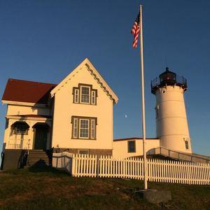 nubble-lighthouse-keeper-cape-neddick-light-york-maine-blog-coastal-new-england-travel-portsmouth-new-hampshire-nh-blog-seacoast-lately.jpg10.jpg