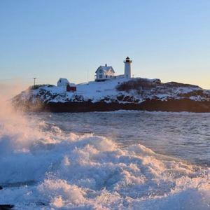 nubble-lighthouse-keeper-cape-neddick-light-york-maine-blog-coastal-new-england-travel-portsmouth-new-hampshire-nh-blog-seacoast-lately.jpg9.jpg