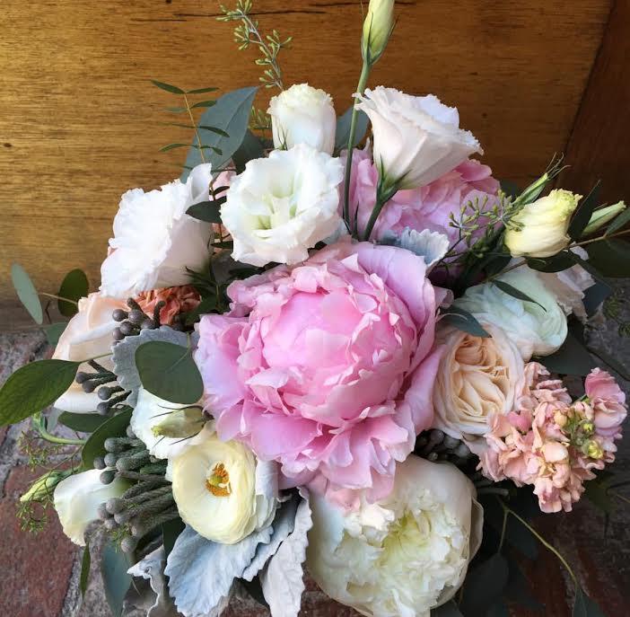 flower-kiosk-shop-portsmouth-new-hampshire-blog-seacoast-lately-weddings.jpg24.jpg