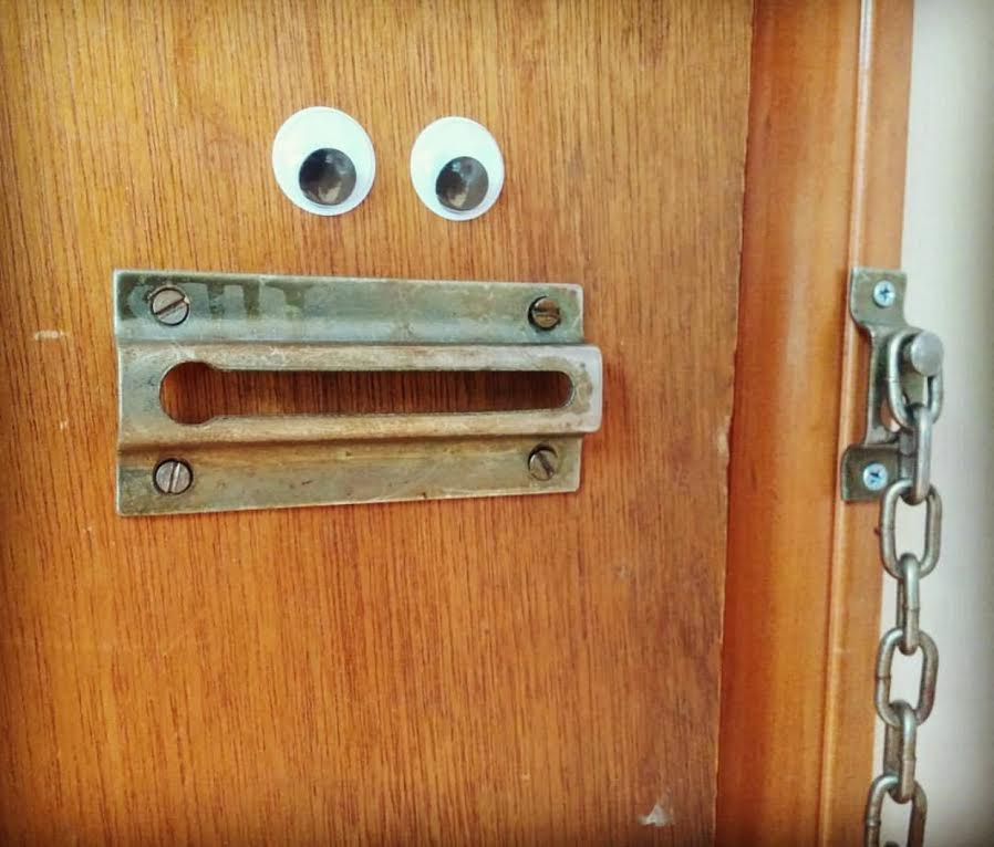 googley-eye-guy-portsmouth-new-hampshire-nh-blog-kittery-maine-new-england-blogger-seacoast-lately.jpg21.jpg