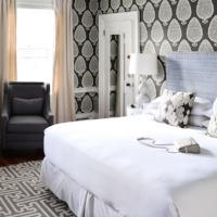 Captain-Fairfield-Inn-Kennebunkport-Maine-Hotel-Lark-Hotels-Portsmouth-New-Hampshire-Blog.jpg4.jpg