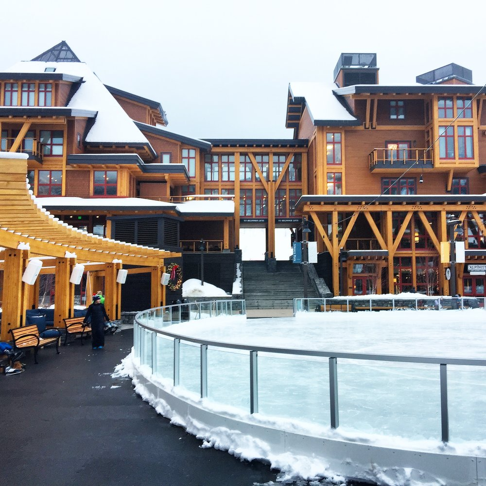 stowe-mountain-lodge-vermont-getaway-blog-travel-guide-seacoast-lately.jpg2.jpg