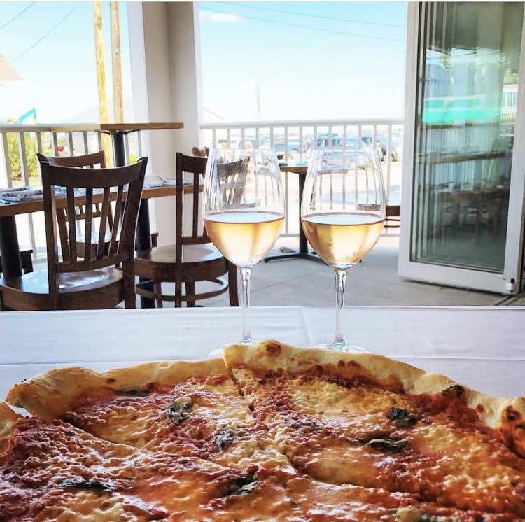 1652-restaurant-york-beach-maine.jpg