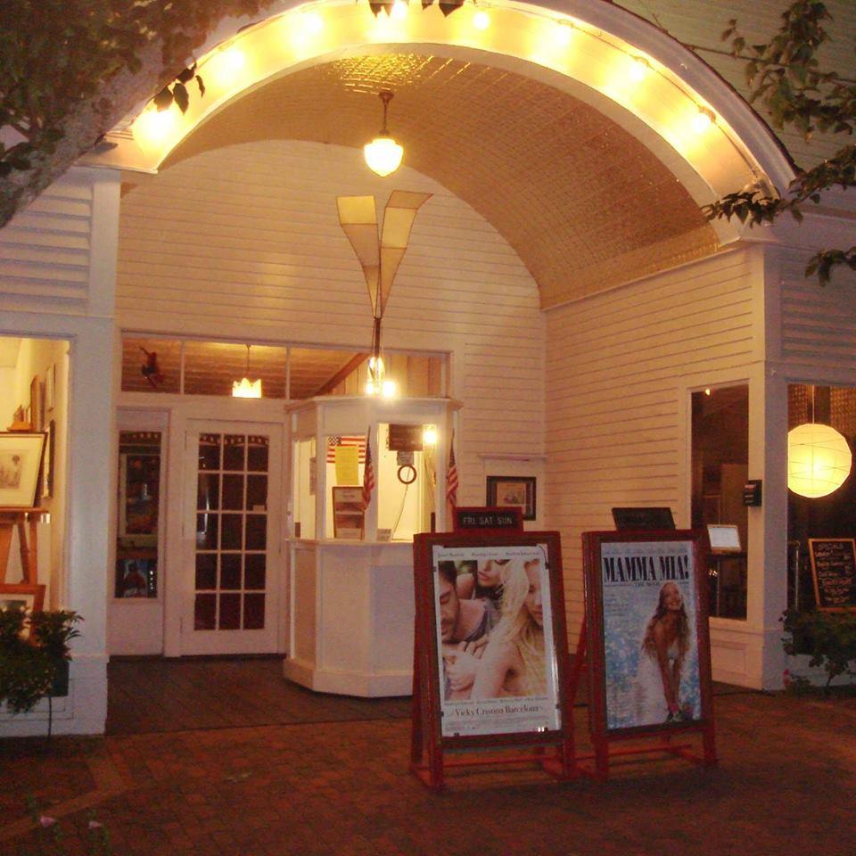 Leavitt Theatre. -