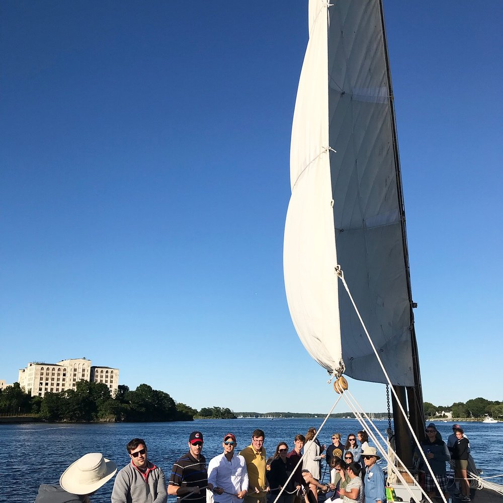 - From 6:00 - 8:00 pm we drifted along as the ocean breezes cooled us off from a hot day, and the sun started to set. Once we pulled away from the dock, the crew let passengers hoist the sail!