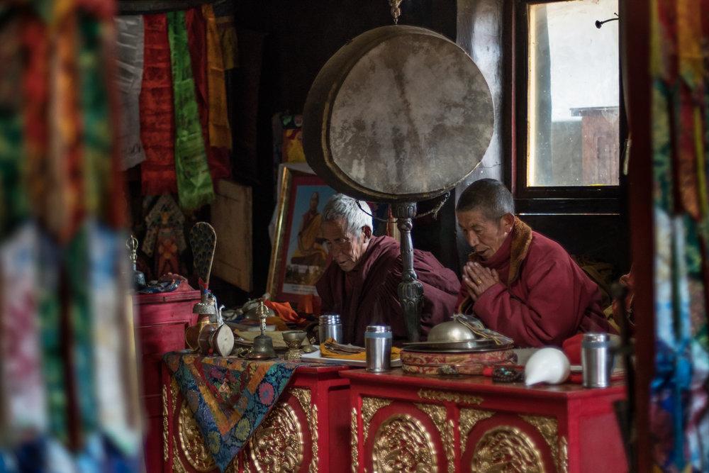 11 Mustang Nyphu Monks Prayer