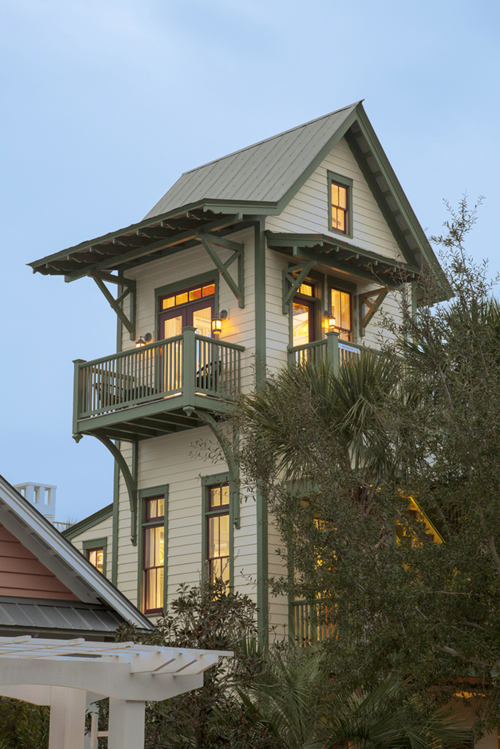 Seaside_Florida.Beach.Natchez_House.New_Urbanism.CNU.Courtyard.Walkable.Robert_Orr_&_Associates.Architecture.Landscape_Architecture.Urbanism.Guest_House.Oak_Creek_Annie.jpeg