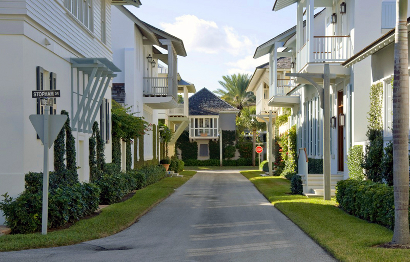 Vero_Beach.Florida.Beach_House.Windsor_Traditional_Neighborhood_Development_TND.Schafer_Residence.Robert_Orr_&_Associates.Architecture.Landscape_Architecture.New_Urbanism.dpz.Street_View.jpg